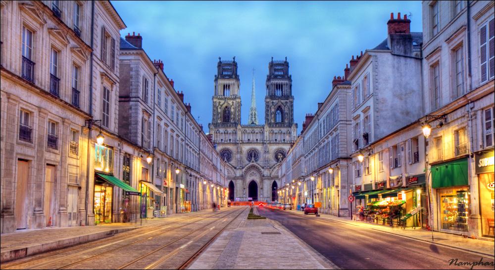 Heure bleu à Orléans dans Architecture 20120306071944_orlea_001